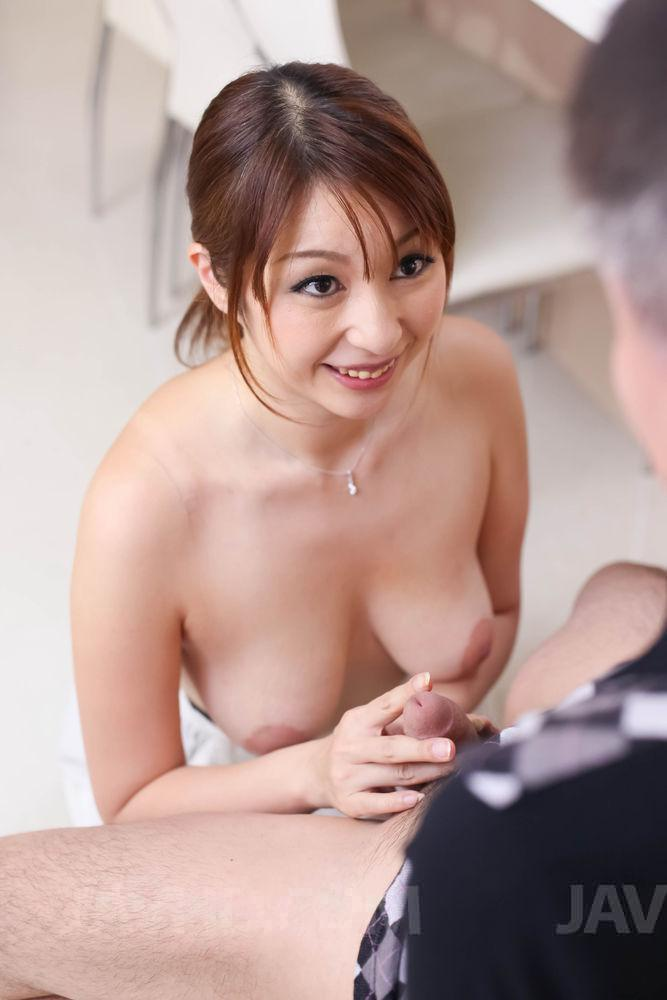 Shiho kanou gets pumped and made to swallow
