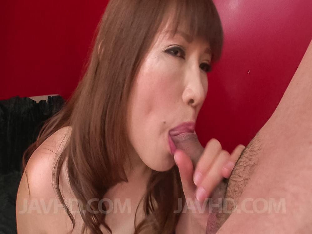 Natsumi mitsu takes on a huge dick in perfect hardcore
